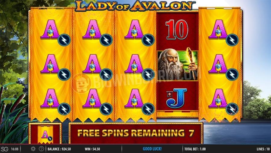 Lady of Avalon Casino Gameplay